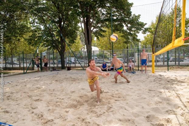 Ball Beach Lesbian Volley - Porn Clips-9651